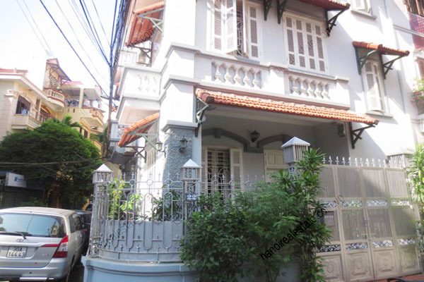 Beautiful modern house for rent in ba dinh district hanoi for Modern house hanoi