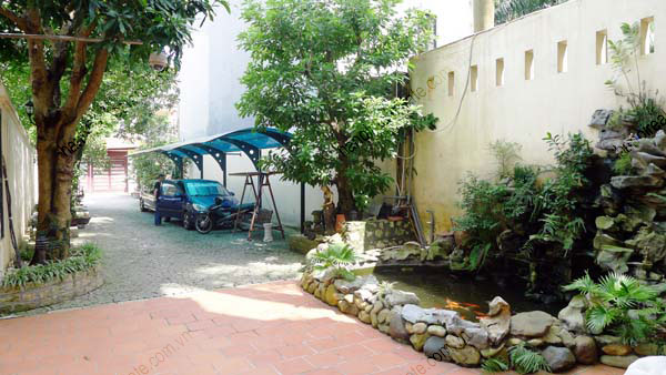 Charming house with nice garden and pool in tay ho hanoi for Garden pool hanoi