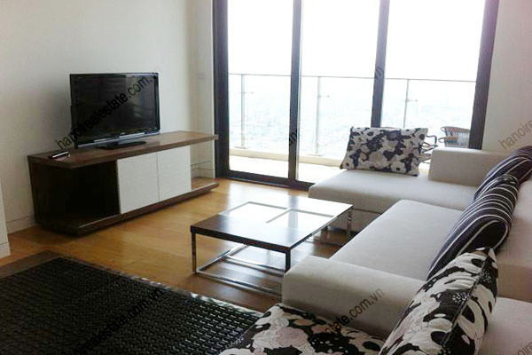 The apartment has 2 bedrooms modern and beautifully for Well decorated bedroom