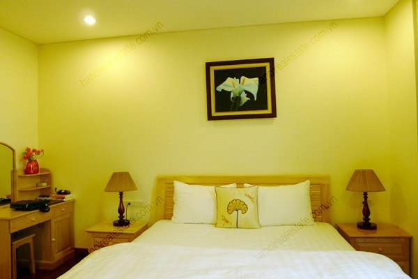 Modern Furnished Apartment In Kim Ma Str Near Thu Le Zoo 2 Bedrooms