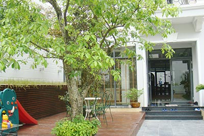 CIputra Hanoi 04BRs villa at C block with nice garden