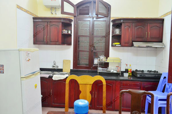 3 bedroom, modern and bright House for rent in Doi Can street, Ba Dinh dist, Ha Noi 4