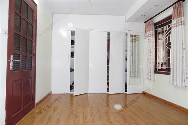 3 bedroom, modern house for rent in Dong Da district 6