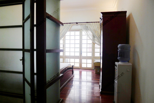 4 bed house for rent in Linh Lang, Ba Dinh Dist Hanoi 14