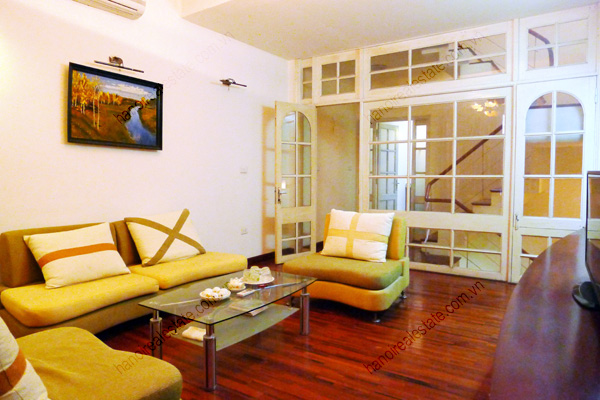 4 bed house for rent in Linh Lang, Ba Dinh Dist Hanoi 6
