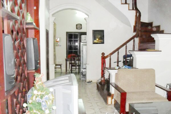 4 bedroom, nice living room house for rent in Cau Giay 3