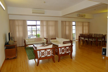 5, 4 and 3 bedroom serviced apartment in Tay Ho with pool, Gym, Sauna
