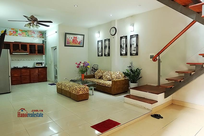Affordable house for rent in Dang Thai Mai, Tay Ho 2