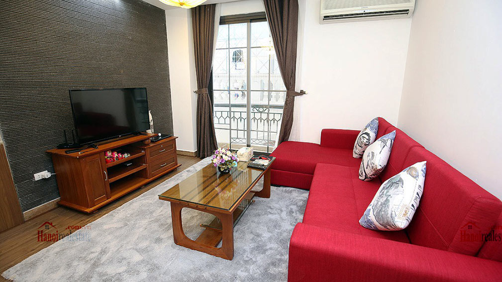 Amazing 02BR apartment in Dao Tan area, quiet alley 1