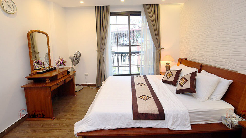 Amazing 02BR apartment in Dao Tan area, quiet alley 8