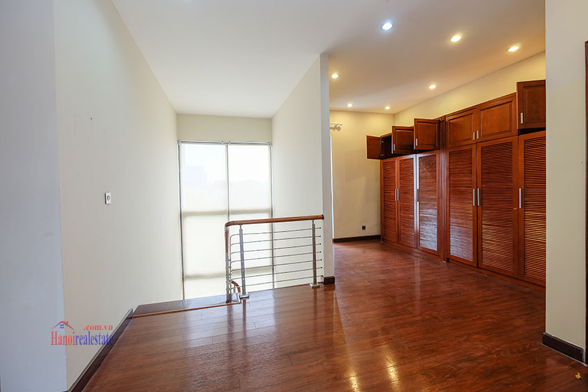 Amazing Ambassador's 05BRs villa for rent in Q block Ciputra, beautiful view 33