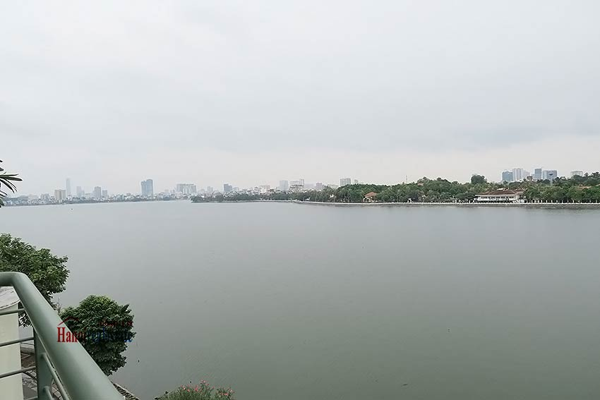 Amazing West Lake View 02 Bedroom Apartment For Rent In Tay Ho  Large Balcony