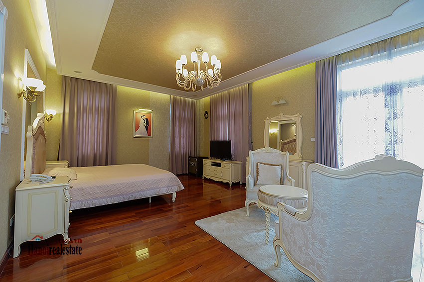 Ambassador's luxurious 04BRs villa in T block Ciputra, fully furnished 18