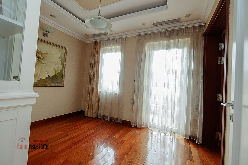 Ambassador's luxurious 04BRs villa in T block Ciputra, fully furnished 27