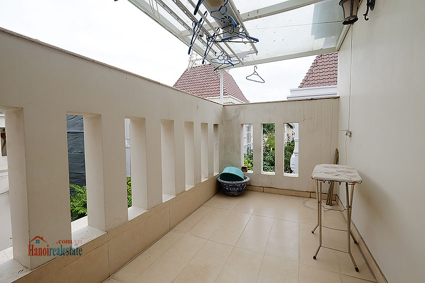 Ambassador's luxurious 04BRs villa in T block Ciputra, fully furnished 42
