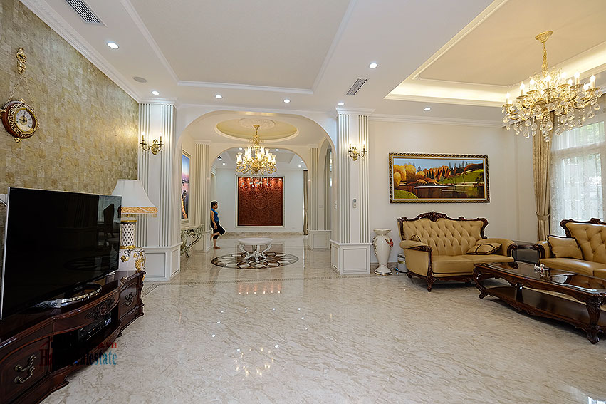 Ambassador's luxurious 04BRs villa in T block Ciputra, fully furnished 6