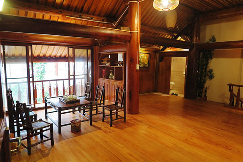 Antique Wooden house in Ba Dinh with a nice garden 13