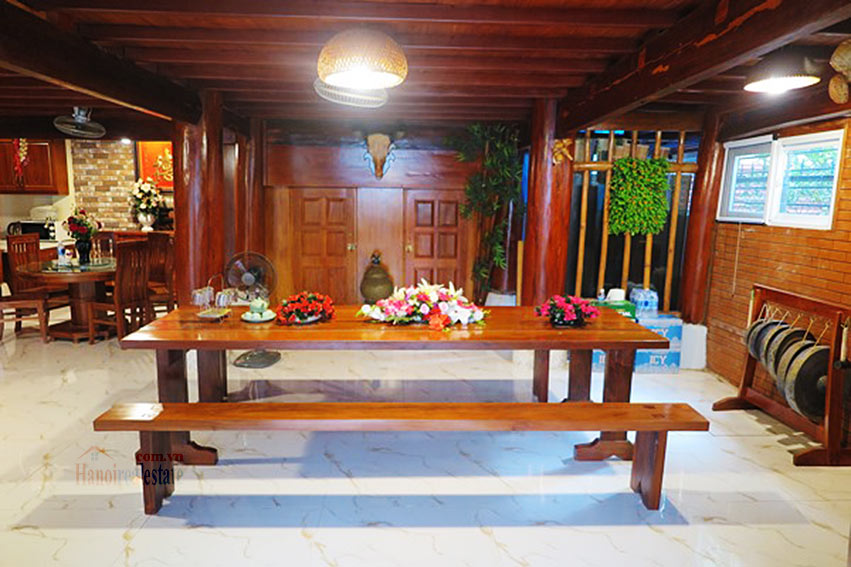 Antique Wooden house in Ba Dinh with a nice garden 5