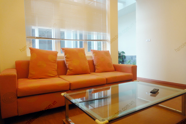 Apartment for rent in Dao Tan Street, Ba Dinh Hanoi, 2 bedrooms 2