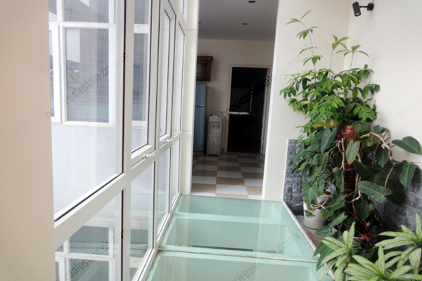 Apartment for rent in Dao Tan Street, Ba Dinh Hanoi, 2 bedrooms 3