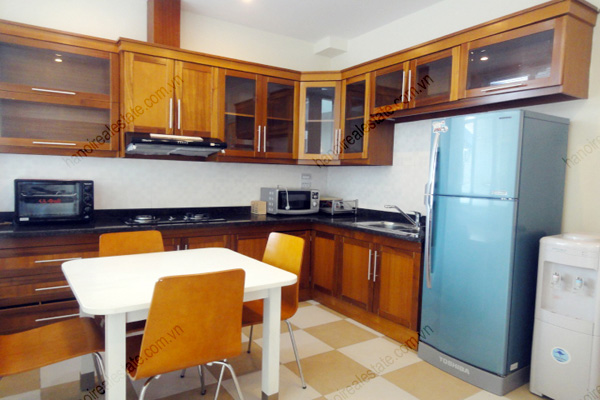 Apartment for rent in Dao Tan Street, Ba Dinh Hanoi, 2 bedrooms 4