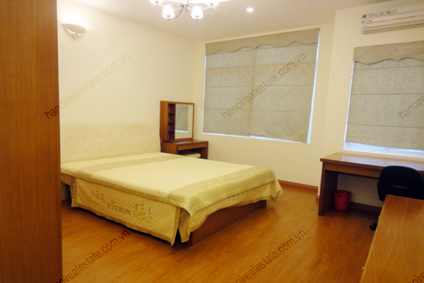 Apartment for rent in Dao Tan Street, Ba Dinh Hanoi, 2 bedrooms 9