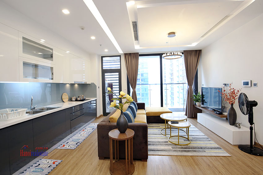 Artistic apartment with 03+01 bedrooms at Vinhomes Metropolis, high floor 1