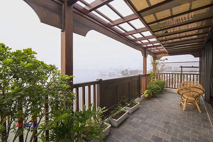 Astonishing Westlake view luxury 2-bedroom apartment on Vu Mien St with large balcony 16