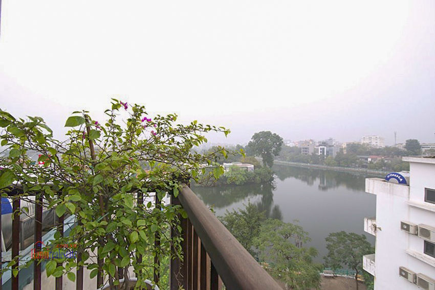 Astonishing Westlake view luxury 2-bedroom apartment on Vu Mien St with large balcony 36