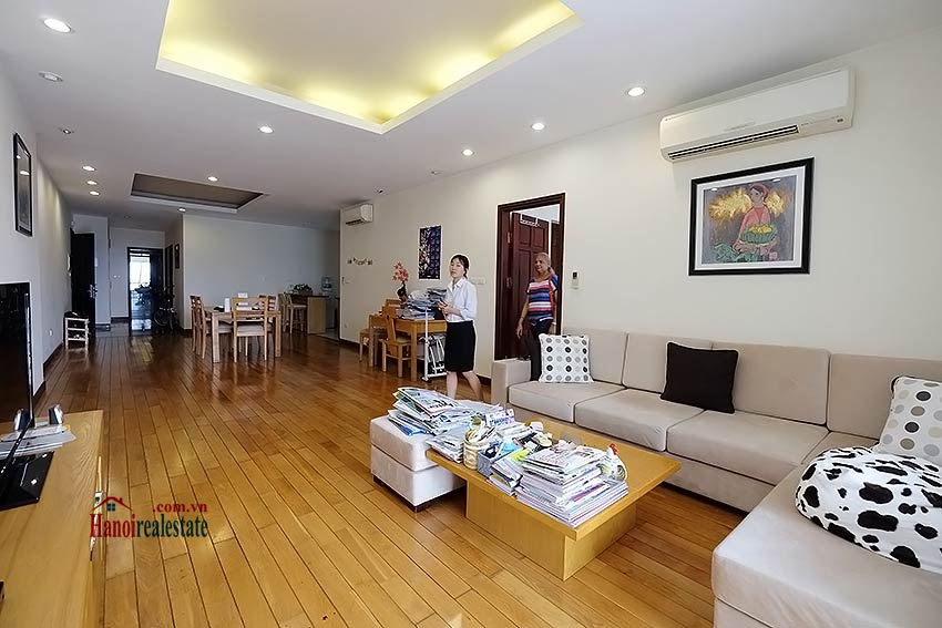 Atlanta hanoi 3 bedroom serviced apartment for rent in atlanta residence hanoi for Three bedroom apartments in atlanta