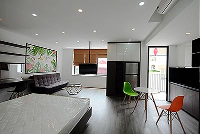 Attractive studio apartment with balcony in Tay Ho, Westlake