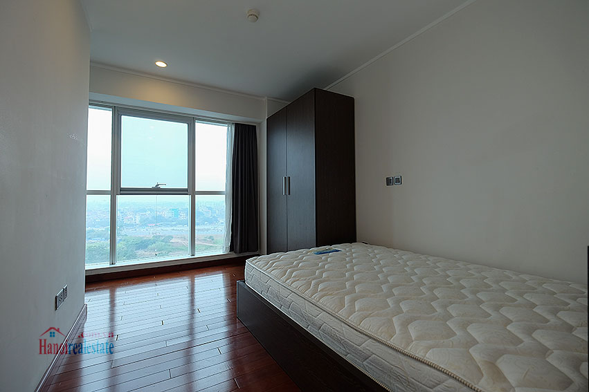 Awesome 03Brs apartment at L1 Tower Ciputra, wooden floor 9