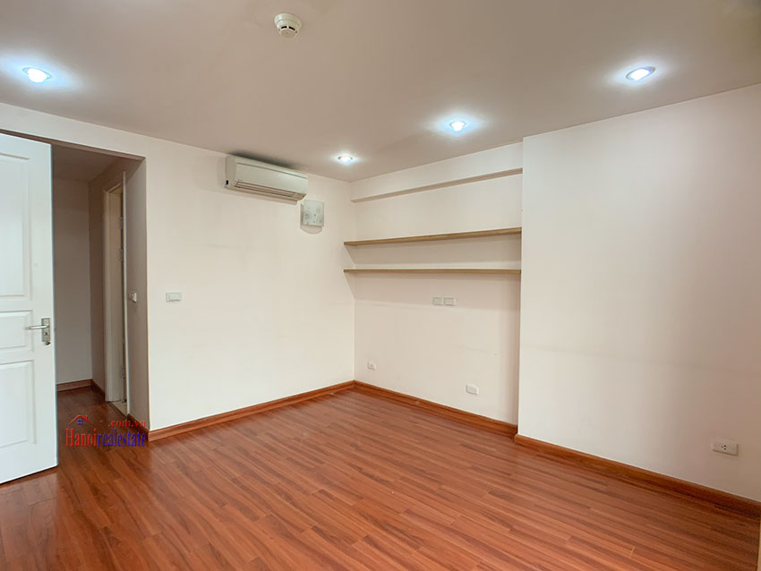 Basic Furniture 03 bedroom apartment in P1 Block, Ciputra, spacious with villas view from huge balcony 7