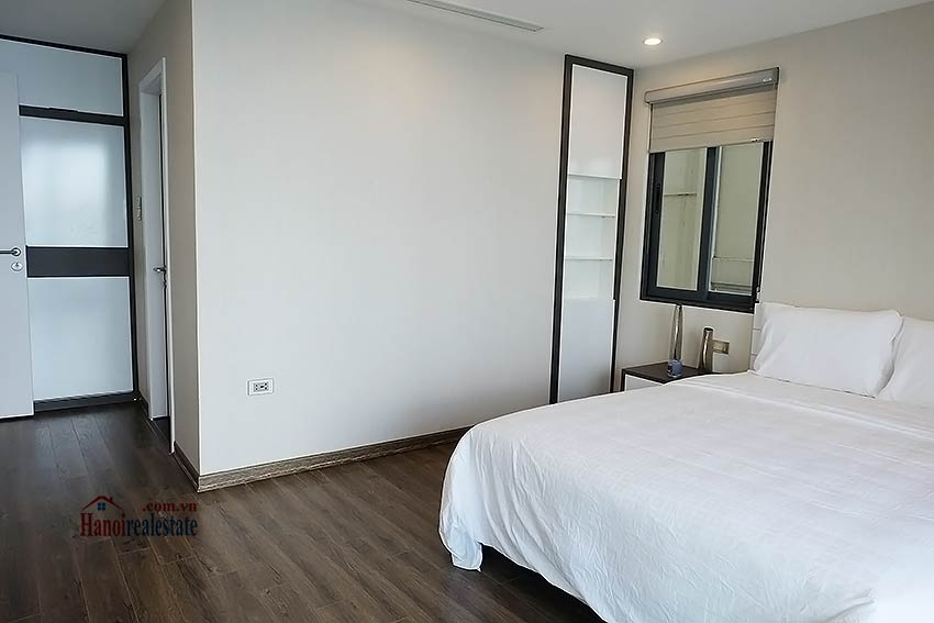 Beautiful 03BRs apartment at Ba Dinh District with amazing Westlake view 10
