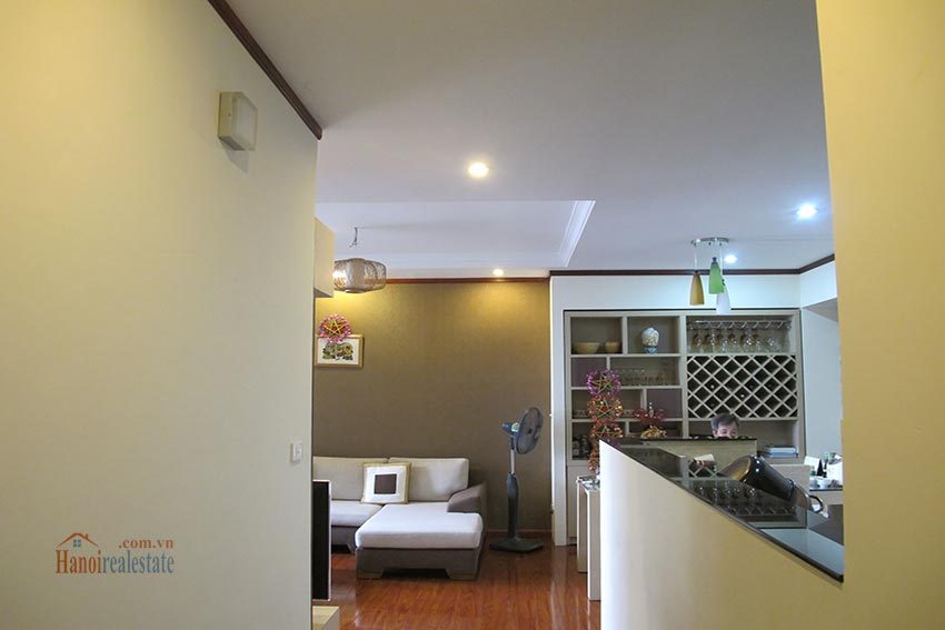 Beautiful 03BRs apartment at Vinaconex 1, Cau Giay District 2