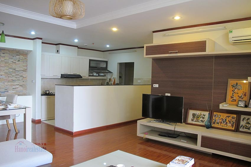 Beautiful 03BRs apartment at Vinaconex 1, Cau Giay District 7