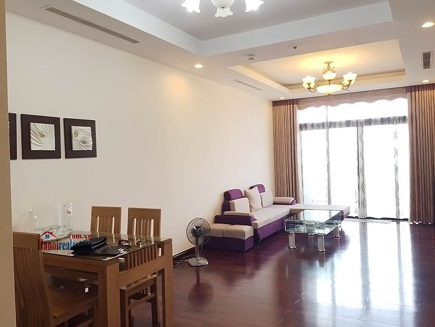 Beautiful apartment in Royal City, 02 bedrooms, block R1 4