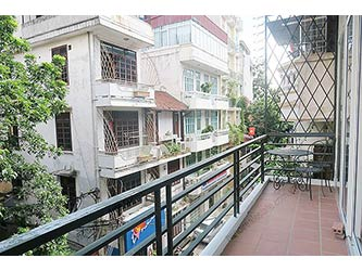 Beautiful & Furnished 02 BRs apartment for rent in Hoan Kiem, Large balcony