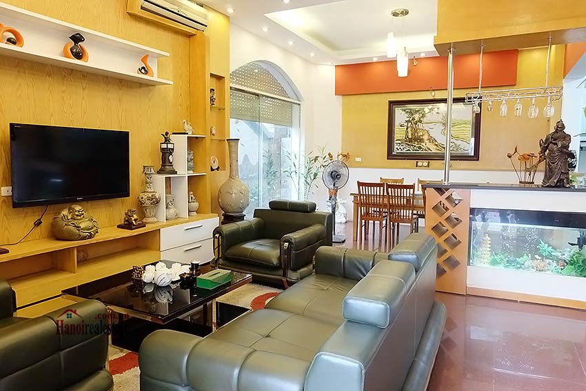 Beautiful furnished 03 bedroom house to let in Ba Dinh, Hanoi 3