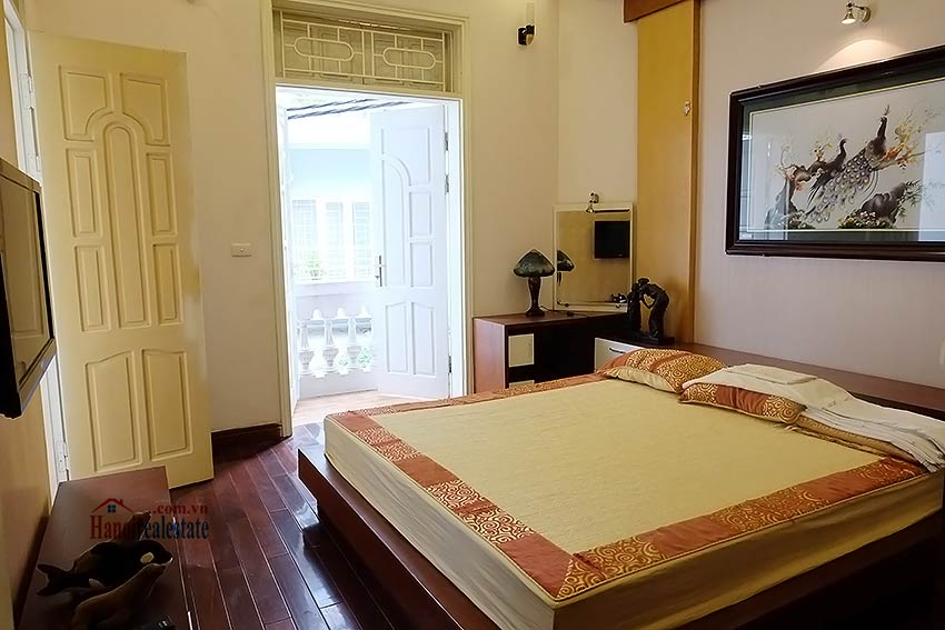Beautiful furnished 03 bedroom house to let in Ba Dinh, Hanoi 7
