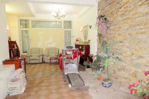 Beautiful house for rent in Dong Da district, Ha Noi 5