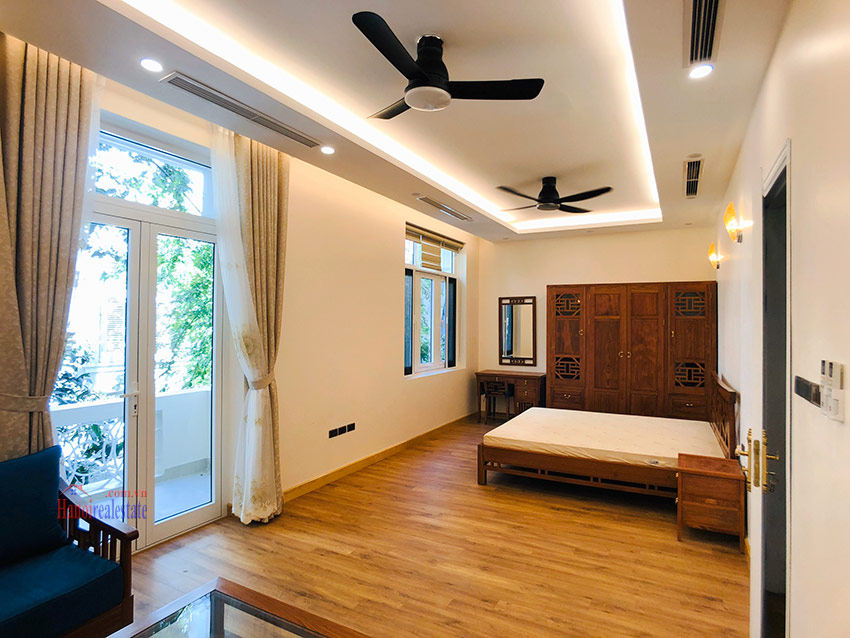 Beautiful newly renovated fully furnished 05BRs house in T block Ciputra 16