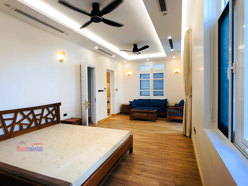 Beautiful newly renovated fully furnished 05BRs house in T block Ciputra 17