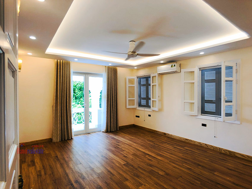 Beautiful newly renovated fully furnished 05BRs house in T block Ciputra 20