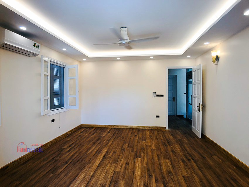 Beautiful newly renovated fully furnished 05BRs house in T block Ciputra 21