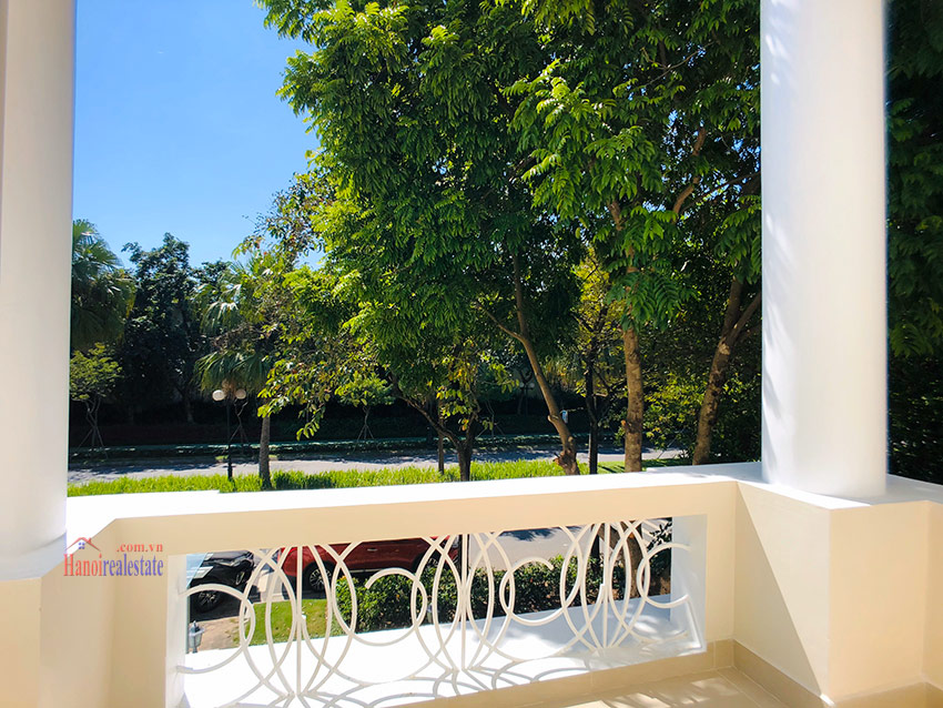Beautiful newly renovated fully furnished 05BRs house in T block Ciputra 22