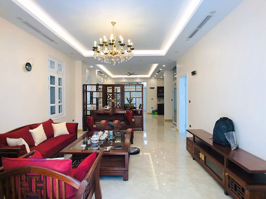 Beautiful newly renovated fully furnished 05BRs house in T block Ciputra 6