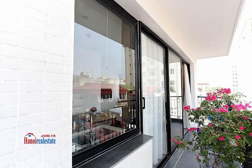 Beautiful studio apartment for rent in cau giay district for Beautiful apartment balconies