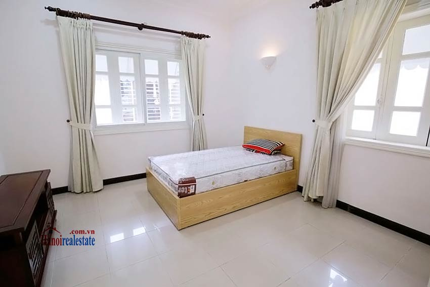 BEAUTIFUL villa to let in D block Ciputra, open view, fully furnished 20