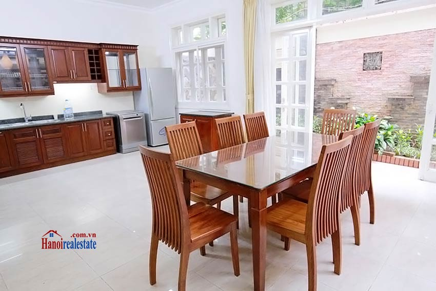 BEAUTIFUL villa to let in D block Ciputra, open view, fully furnished 8